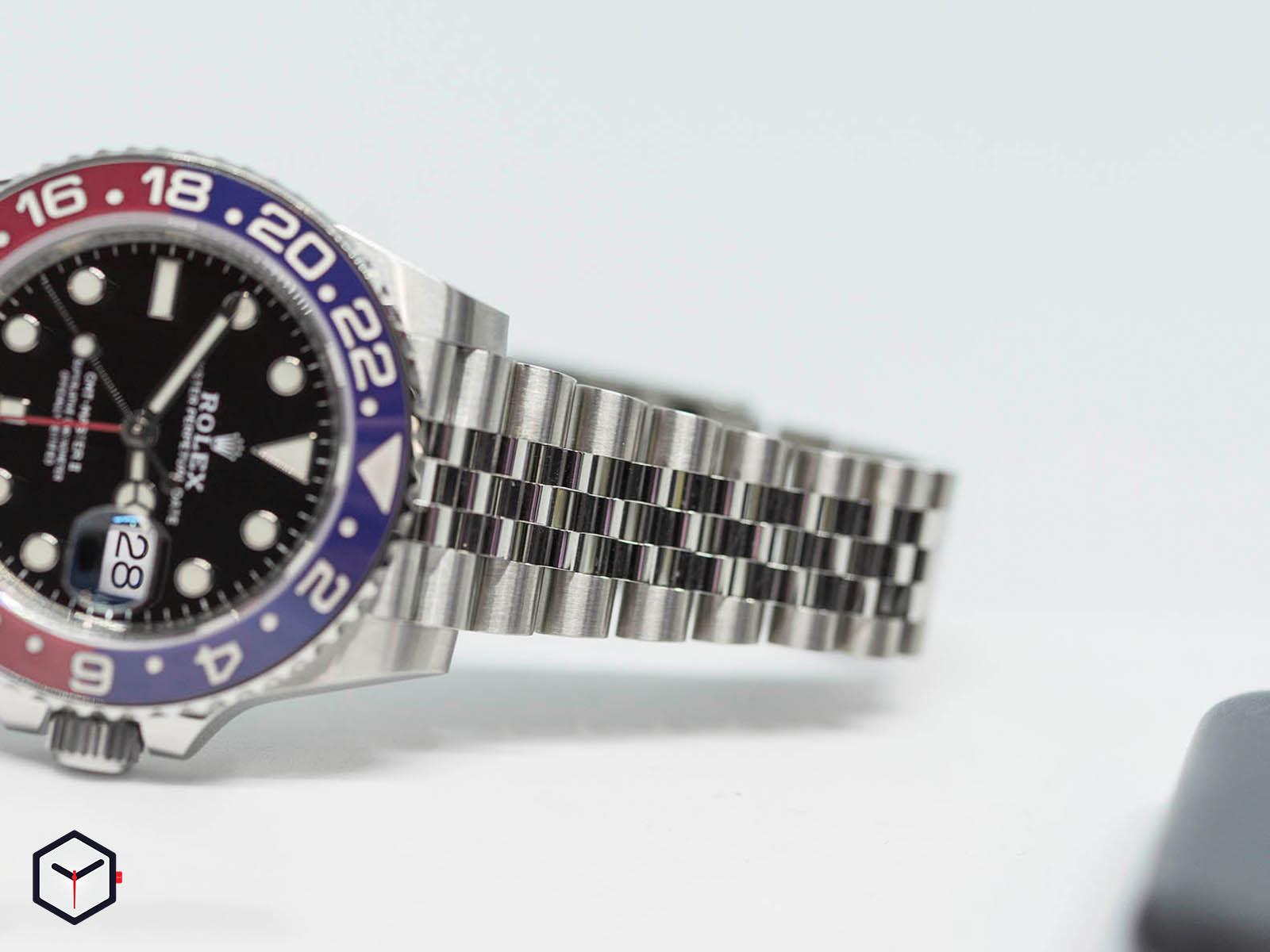 126710blro-rolex-gmt-master-2-pepsi-3.jpg
