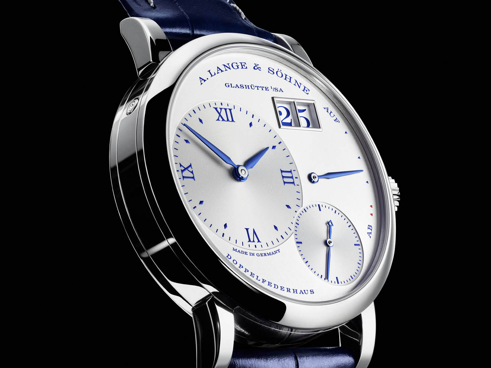 181-066-a-lange-soehne-little-lange-1-25th-anniversary-3.jpg