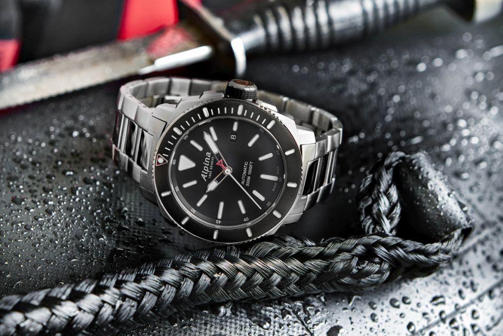 Alpina-Seastrong-Diver-300-1.jpg