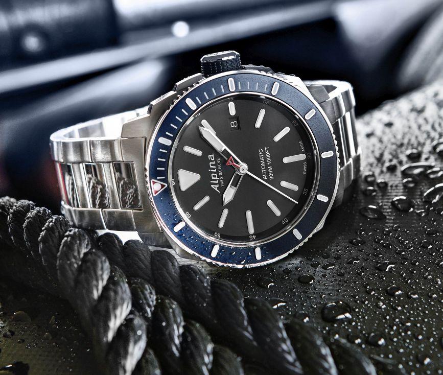 Alpina-Seastrong-Diver-300-3.jpg