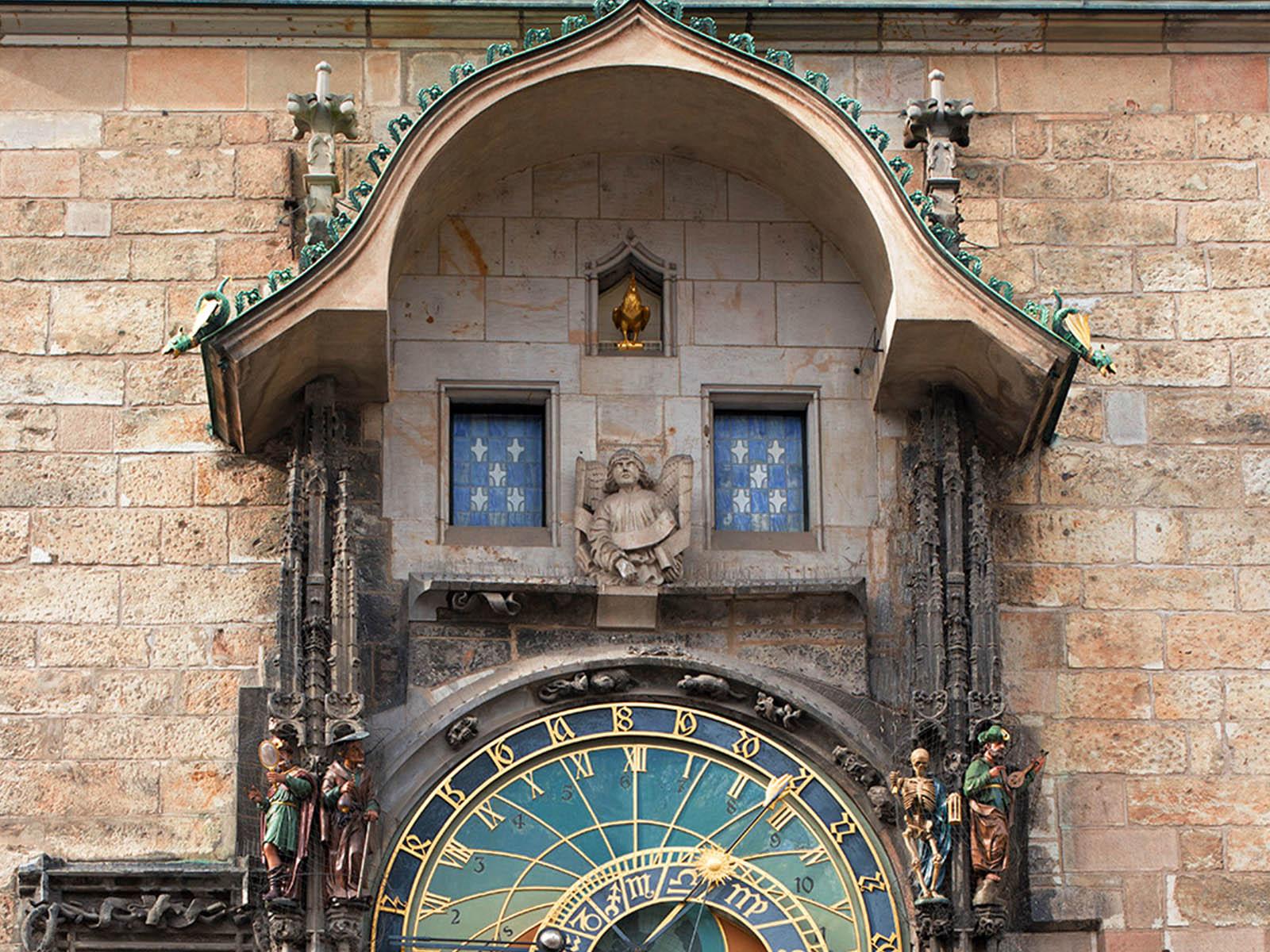 astronomical-clocks-prague-orloj-8.jpg