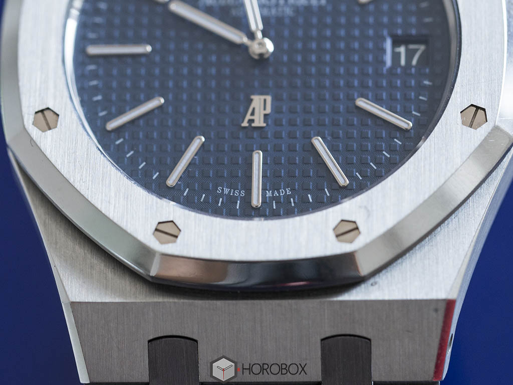 Audemars-Pigue-Royal-Oak-Jumbo-15202ST-6-.jpg