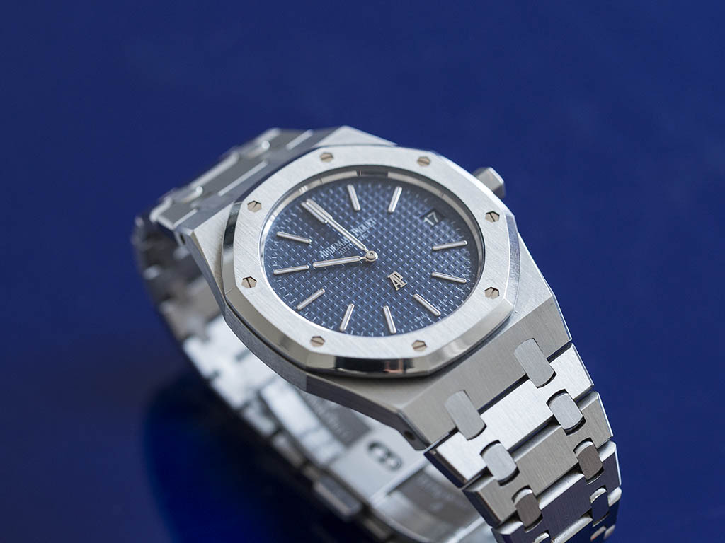 Audemars-Pigue-Royal-Oak-Jumbo-15202ST-7-.jpg