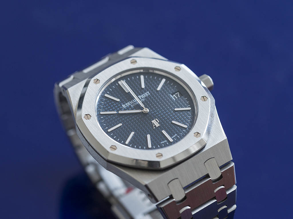 Audemars-Pigue-Royal-Oak-Jumbo-15202ST-8-.jpg