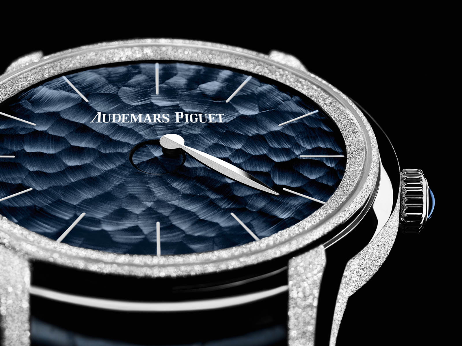 77266bc-gg-a326cr-01-audemars-piguet-millenary-frosted-gold-philosophique-1.jpg