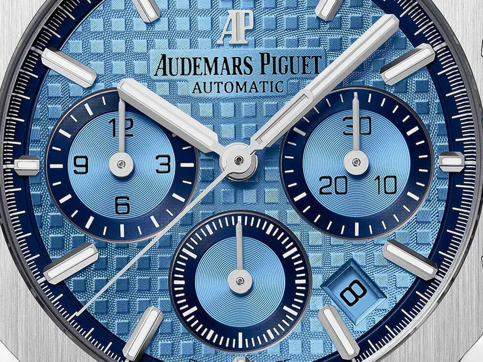 26317bc-oo-1256bc-01-audemars-piguet-royal-oak-chronograph-18k-white-gold-3.jpg