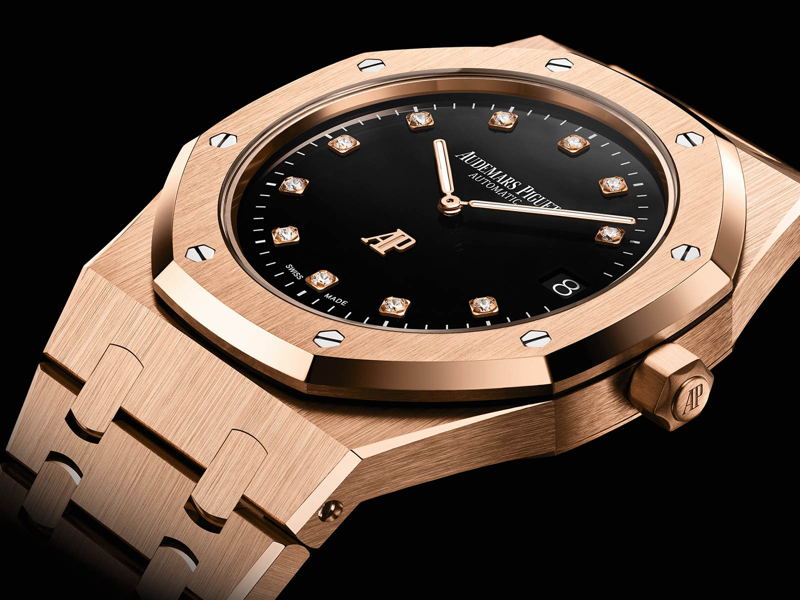 15207or-oo-1240or-01-audemars-piguet-royal-oak-jumbo-extra-thin-pink-gold-1.jpg