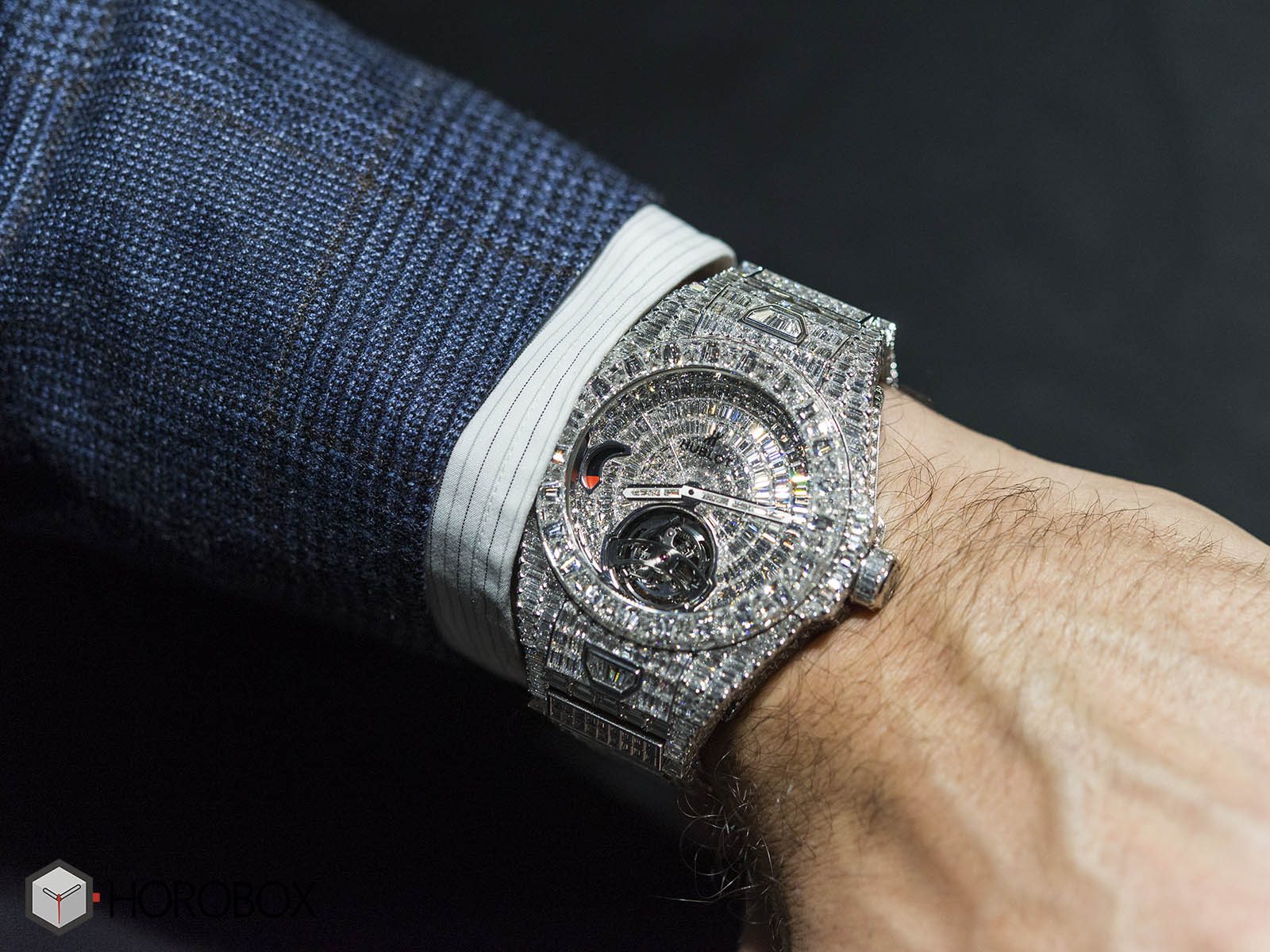 hublot-big-bang-full-diamond-2.jpg