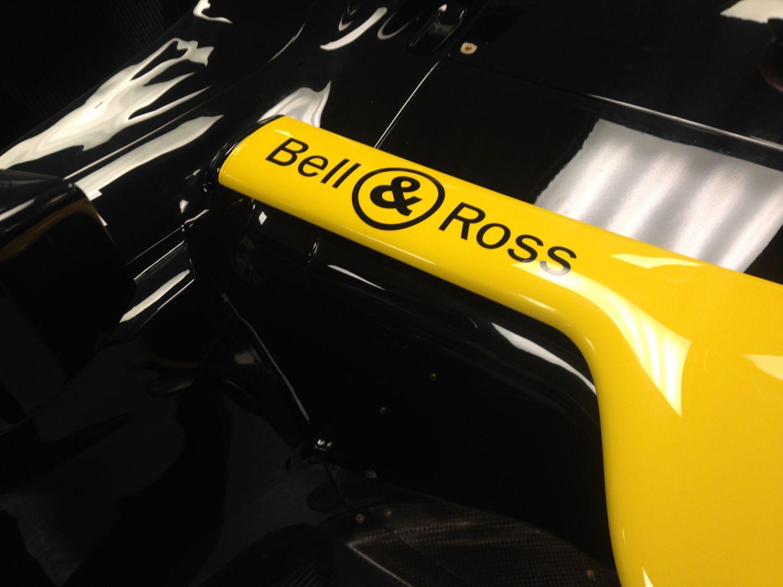 Renault-Sport_Bell-Ross_3.jpg