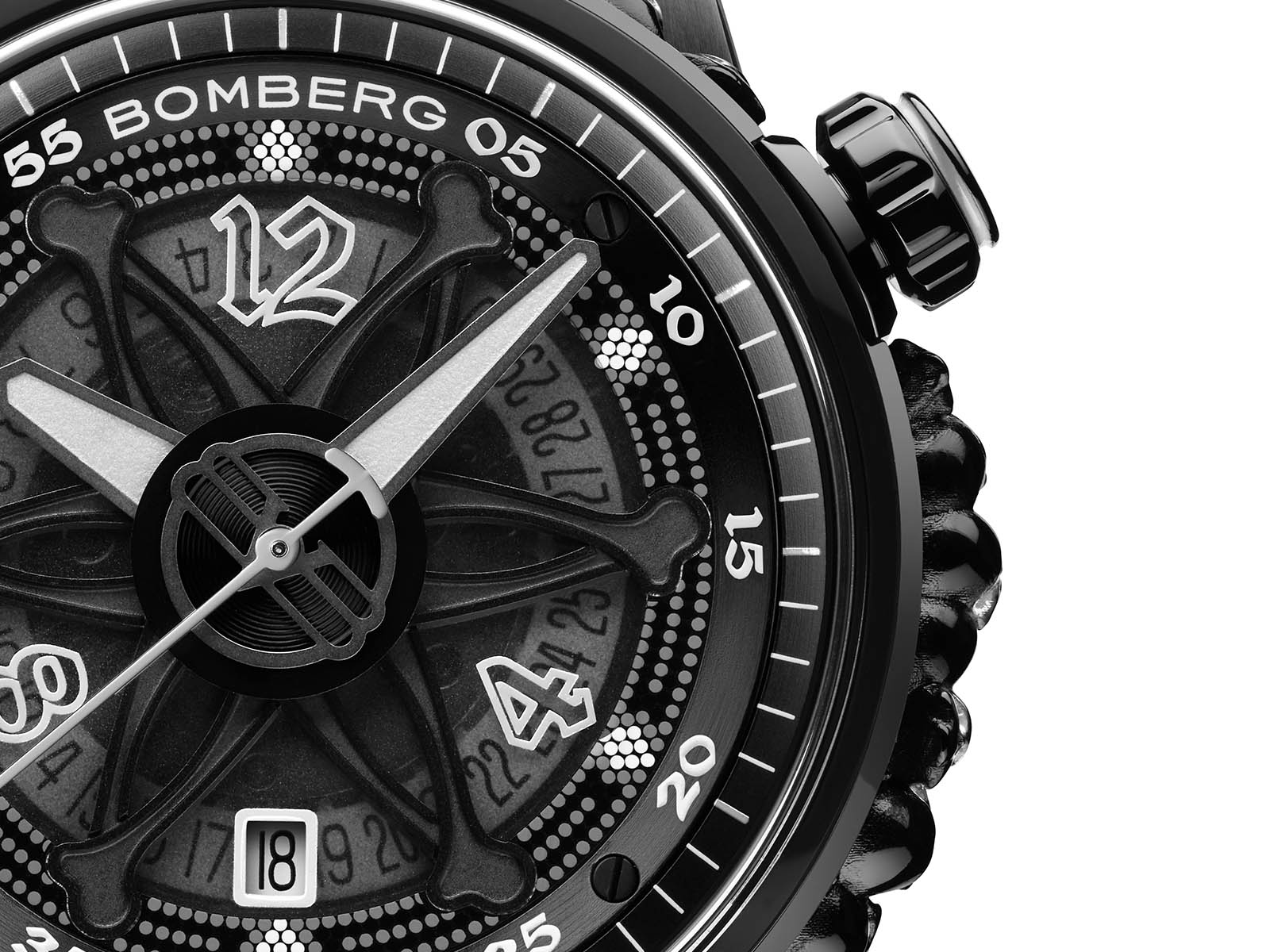 ct43apba-25-1-11-bomberg-gothic-bb-01-automatic-black-catacomb-limited-edition-4.jpg