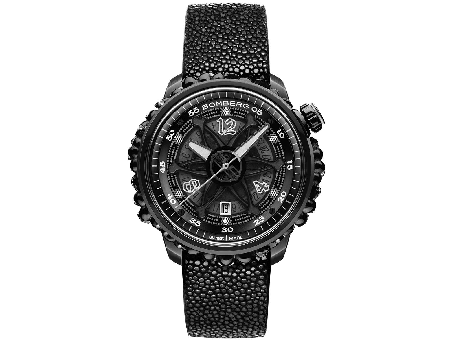 ct43apba-25-1-11-bomberg-gothic-bb-01-automatic-black-catacomb-limited-edition-5.jpg