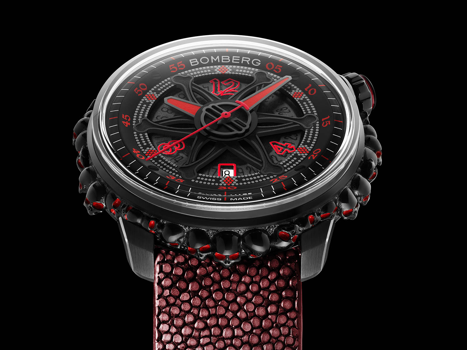 ct43apba-25-2-11-bomberg-gothic-bb-01-automatic-red-catacomb-limited-edition-1.jpg