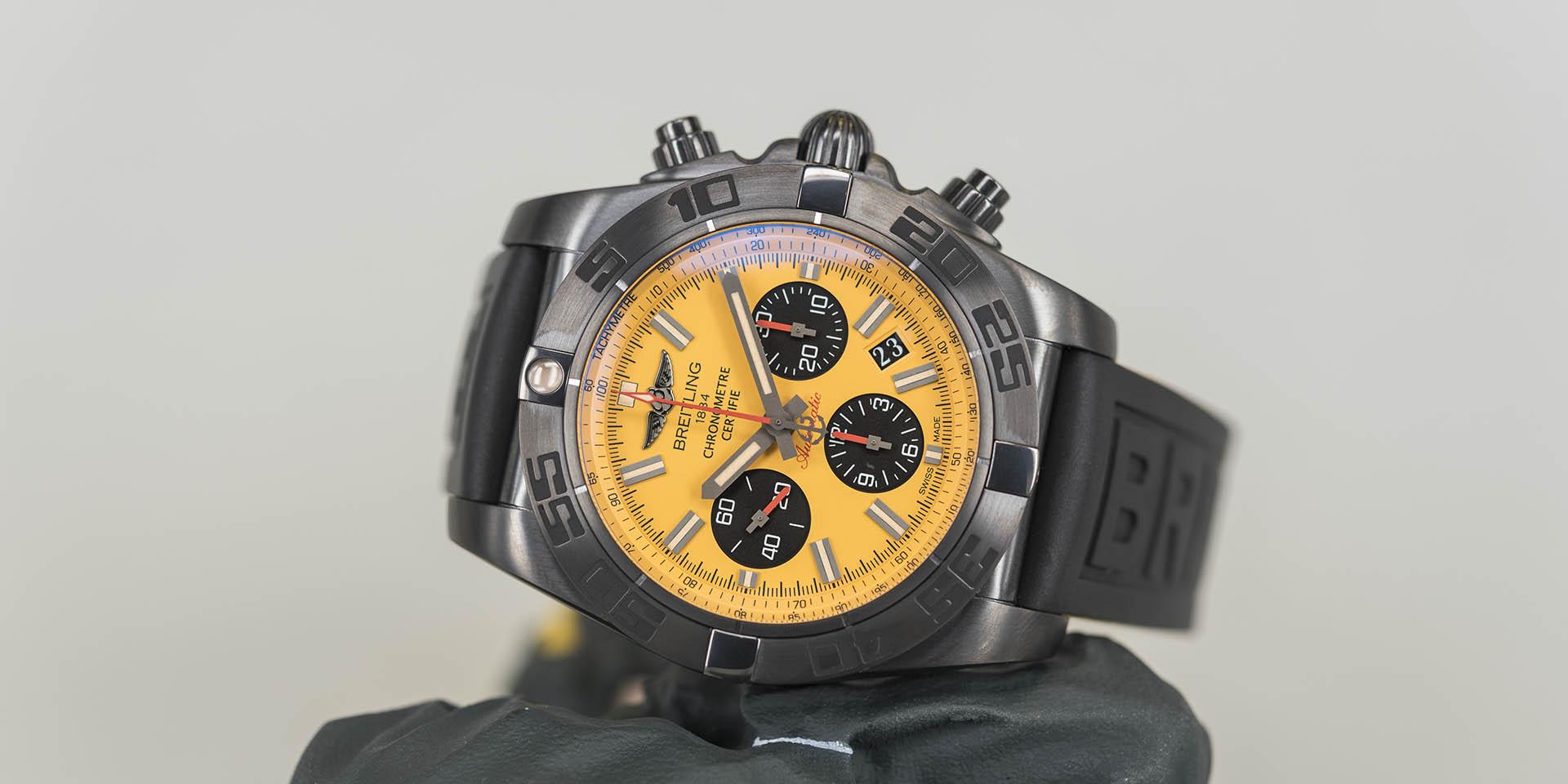 Breitling-Chronomat-44-Blacksteel-Special-Edition-5.jpg