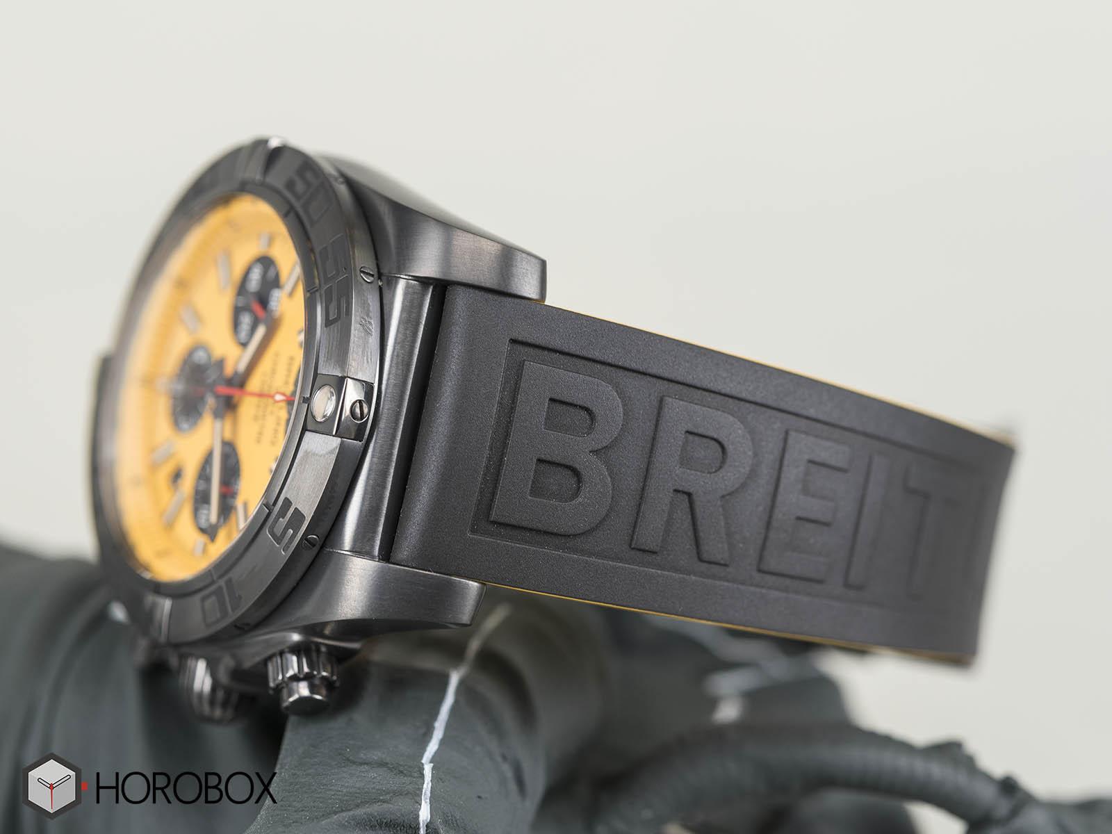 Breitling-Chronomat-44-Blacksteel-Special-Edition-7.jpg