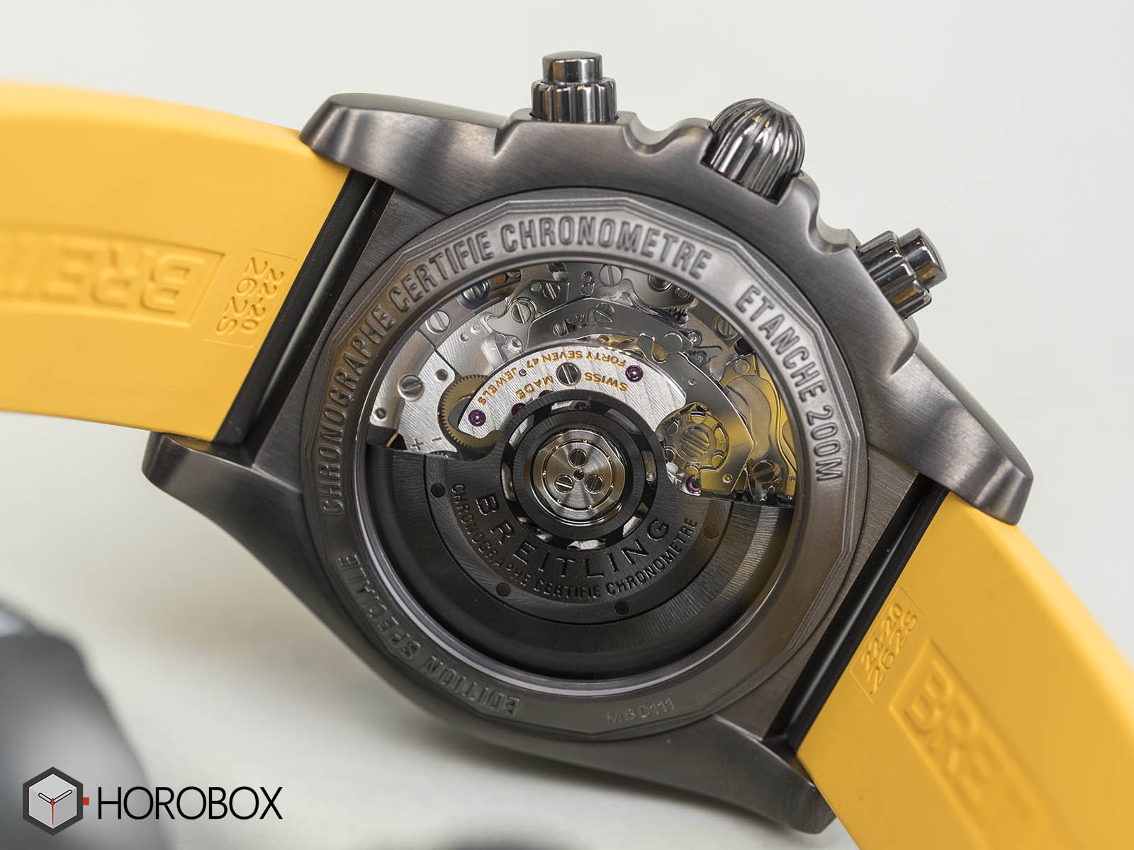 Breitling-Chronomat-44-Blacksteel-Special-Edition-9.jpg
