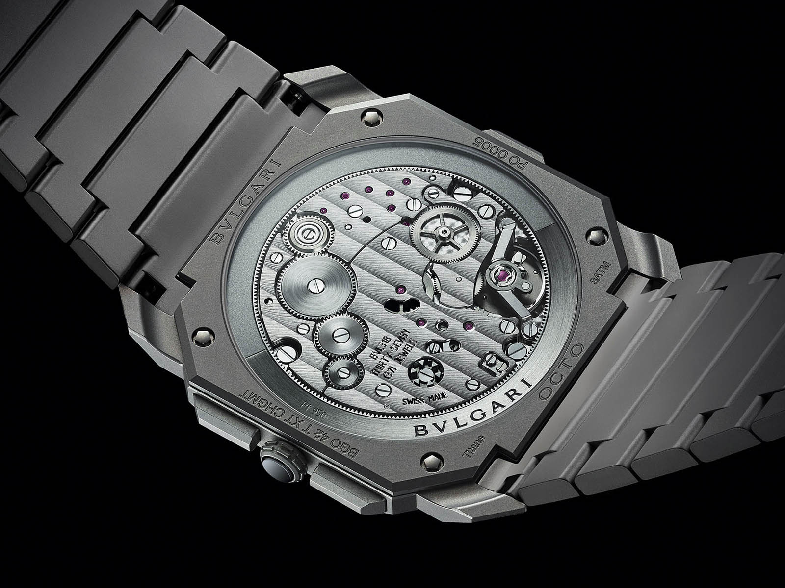 103068-bulgari-octo-finissimo-chronograph-gmt-automatic-6.jpg