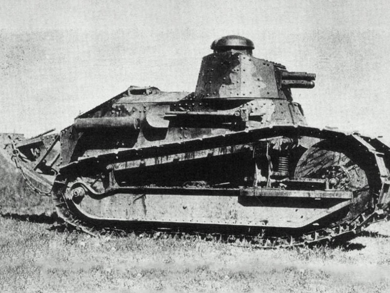 cartier-tank-must-tank-louis-cartier-4.jpg