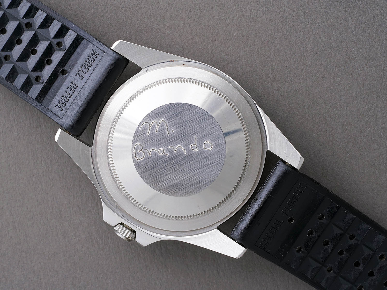engraving-your-watch-s-case-back-6.jpg