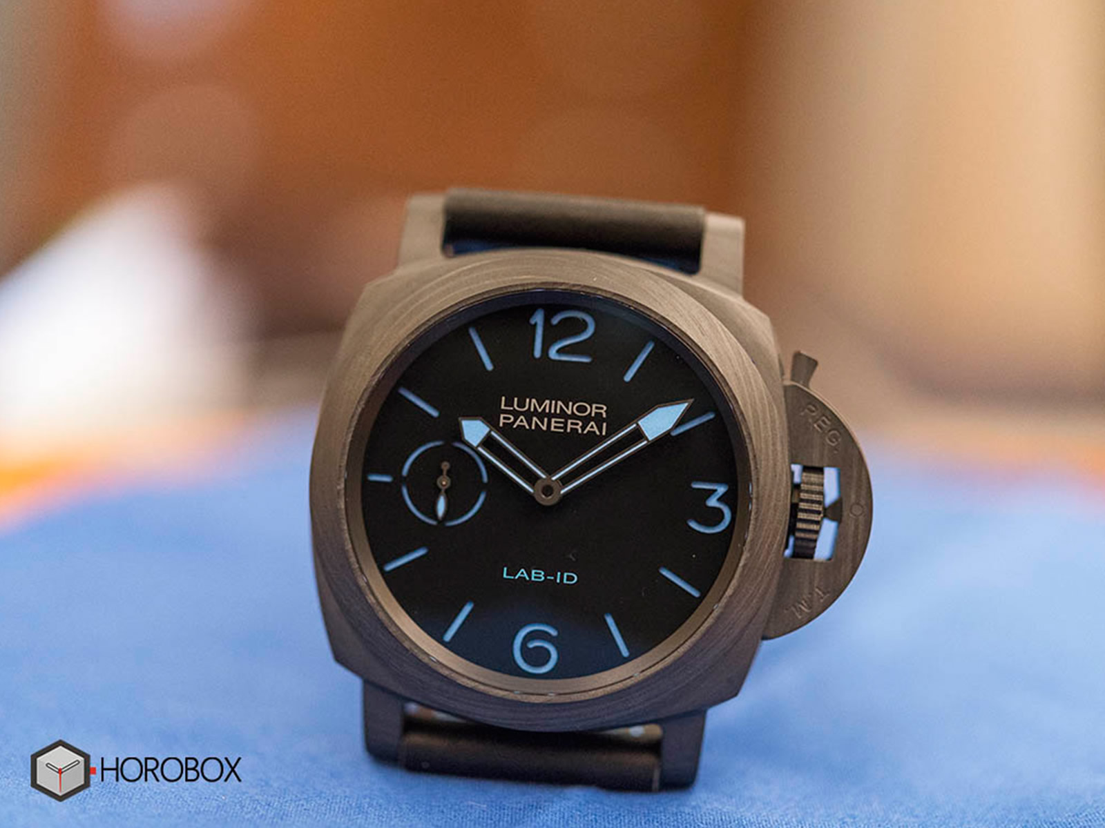 pam700-panerai-luminor-lab-id-1-.jpg
