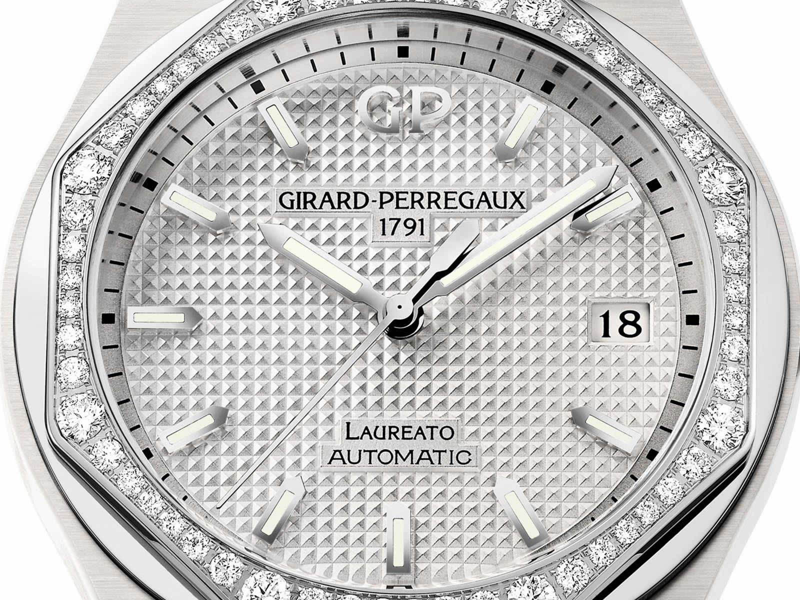 Girard-Perregaux-Laureato-38mm-White-Ceramic-1.jpg
