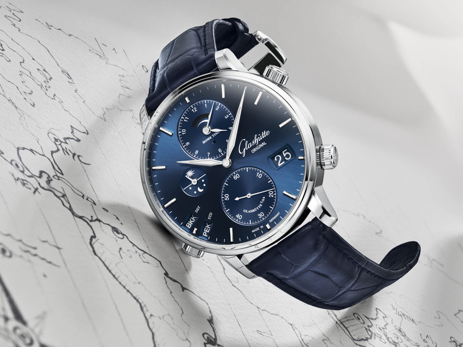 1-89-02-05-02-30-glashutte-original-senator-cosmopolite-midnight-blue-2.jpg
