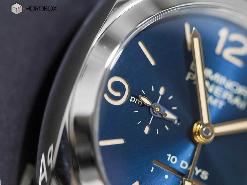 Officine-Panerai-Luminor-1950-GMT-PAM689.jpg