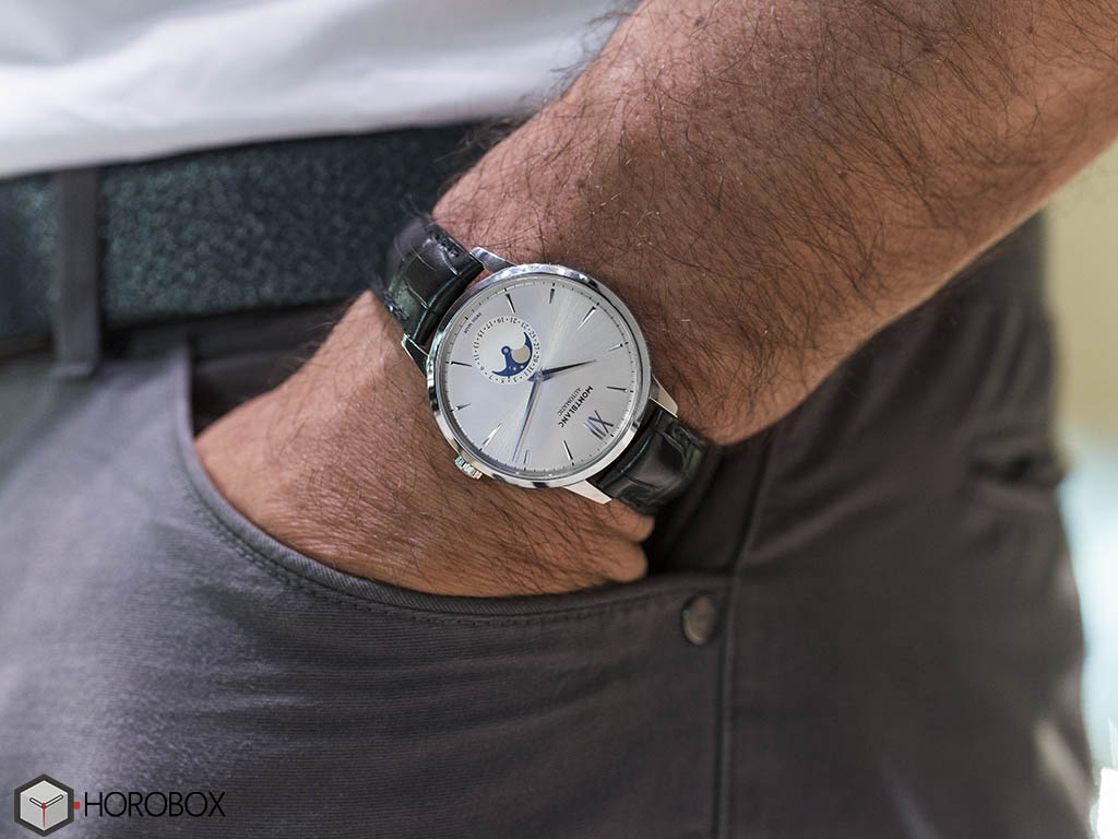 MONT_BLANC_HER-TAGE_SP-R-T_MOONPHASE-10-.jpg