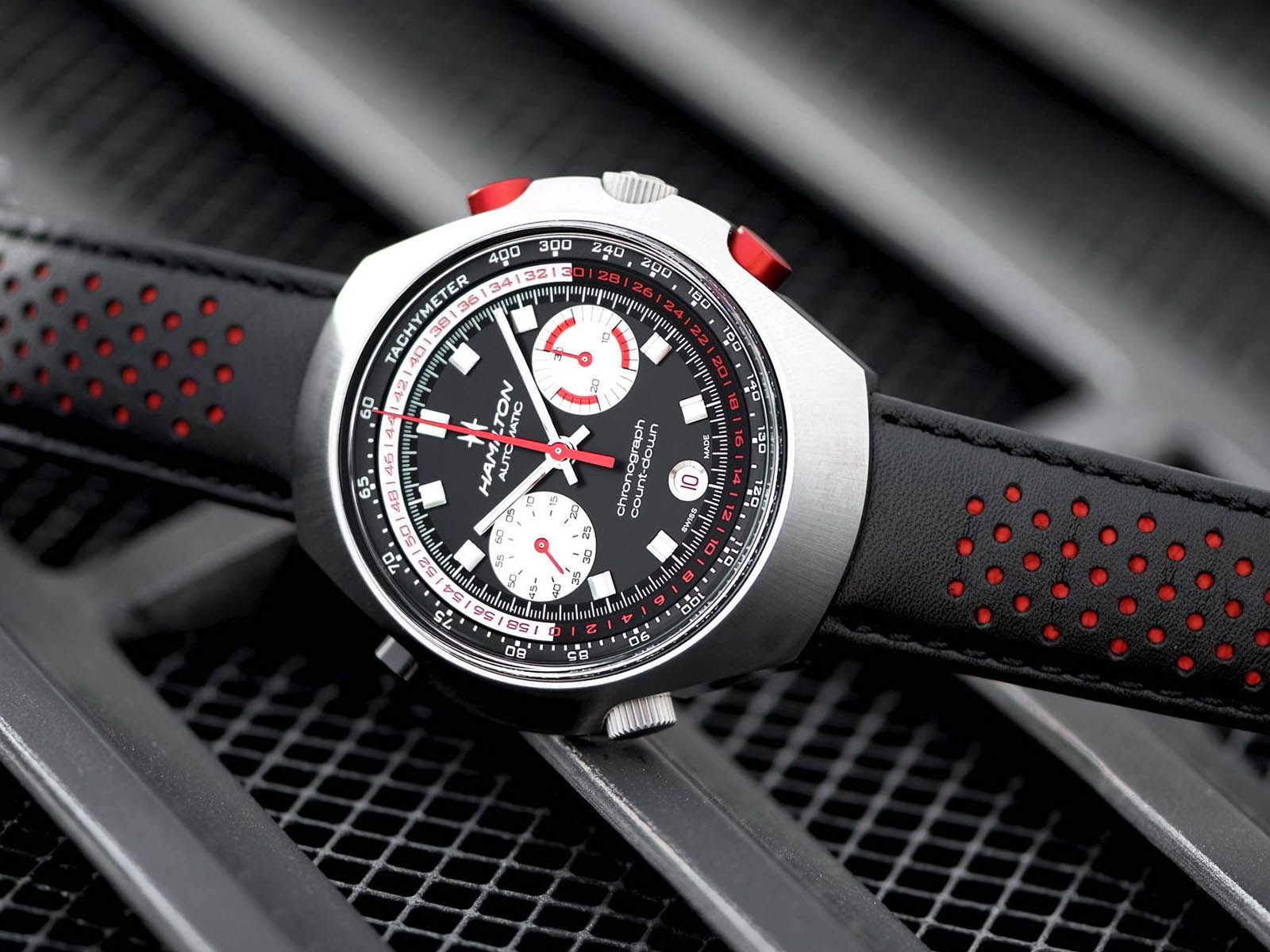 h51616731-hamilton-chrono-matic-50-auto-chrono-limited-edition-3.jpg