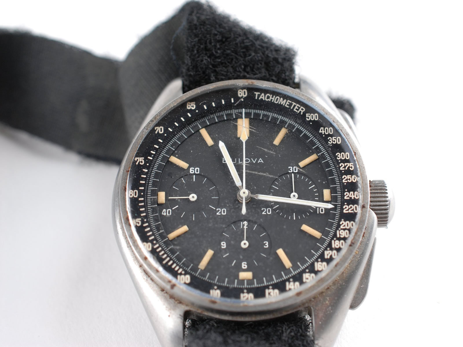 bulova-chronograph-moonwatch-.jpg