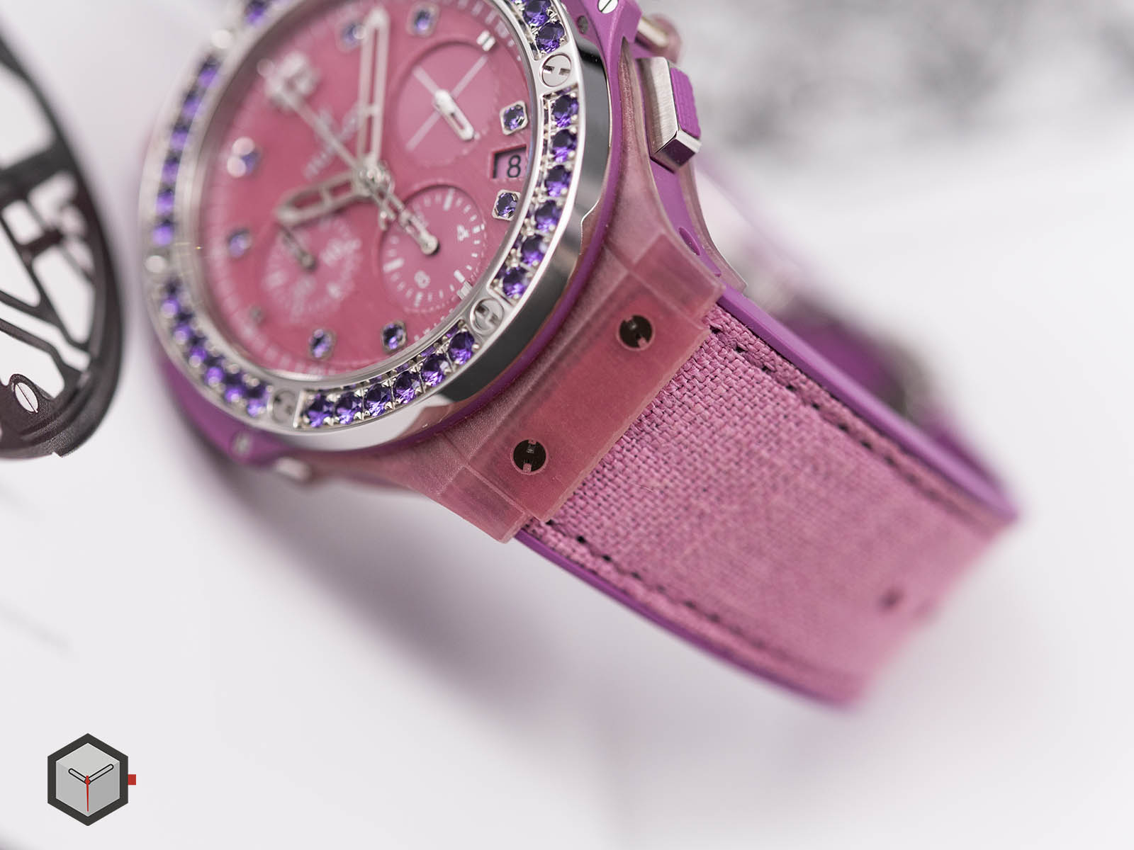 341-xp-2770-nr-1205-hublot-big-bang-purple-linen-4.jpg
