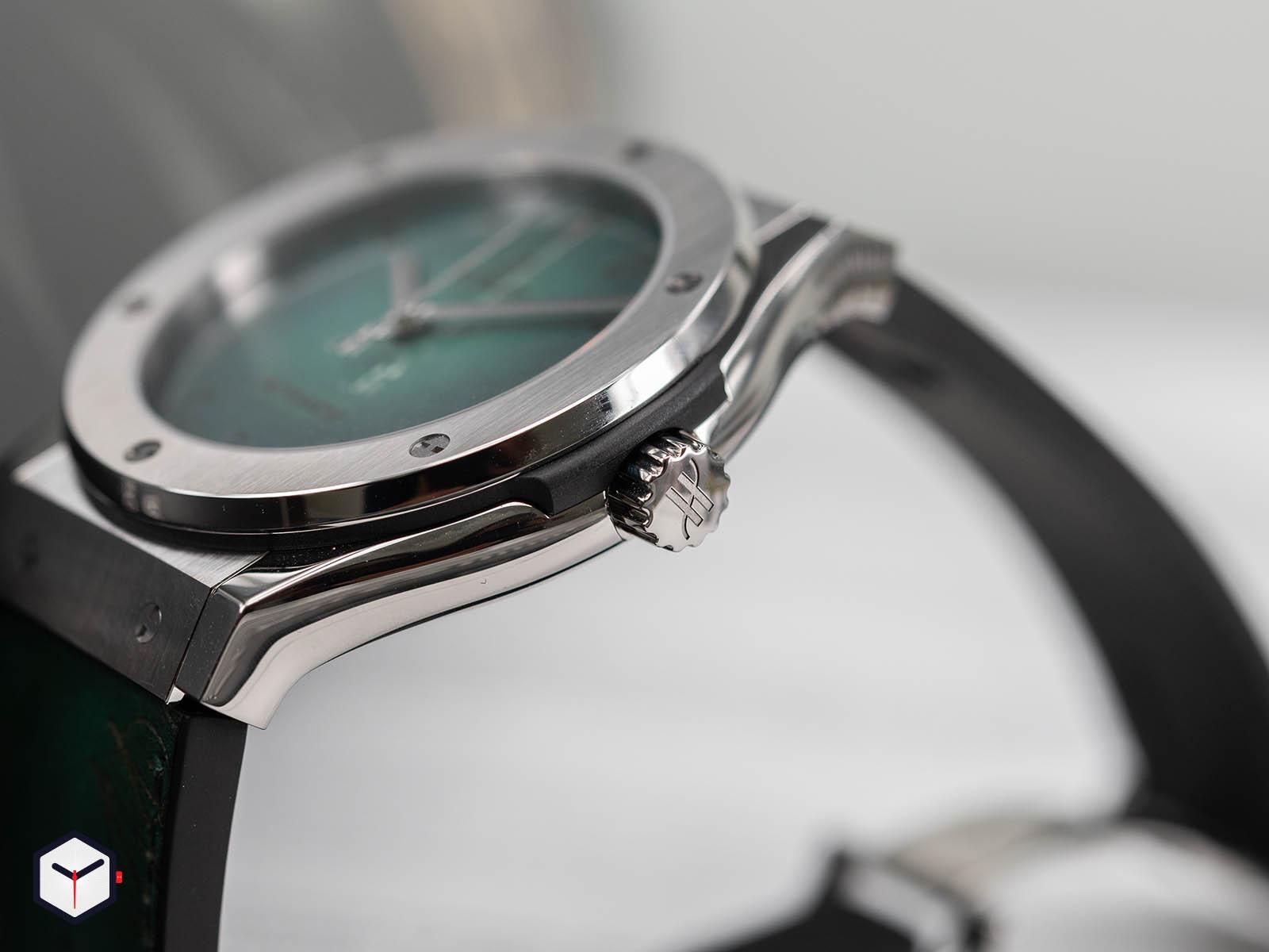 hublot-classic-fusion-berluti-scritto-emerald-green-3.jpg