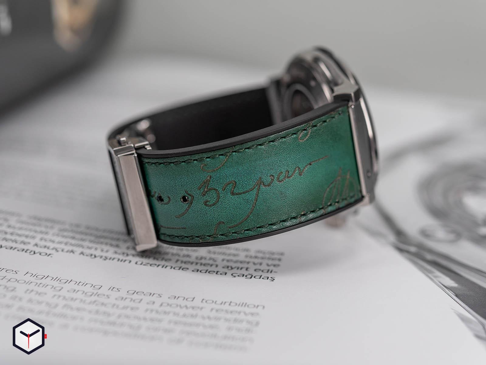 hublot-classic-fusion-berluti-scritto-emerald-green-5.jpg