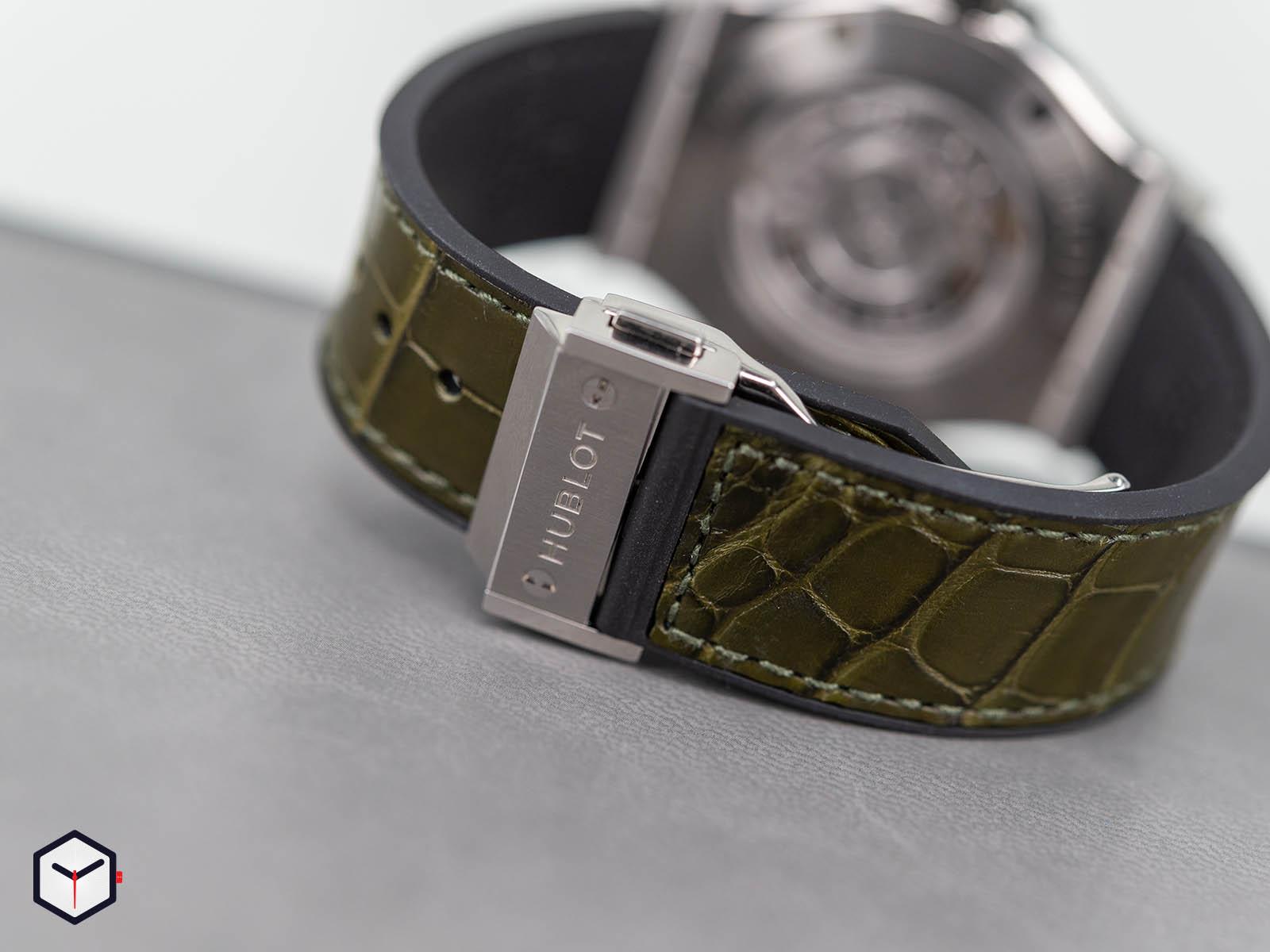 565-nx-8970-lr-hublot-classic-fusion-green-titanium-38mm-6.jpg