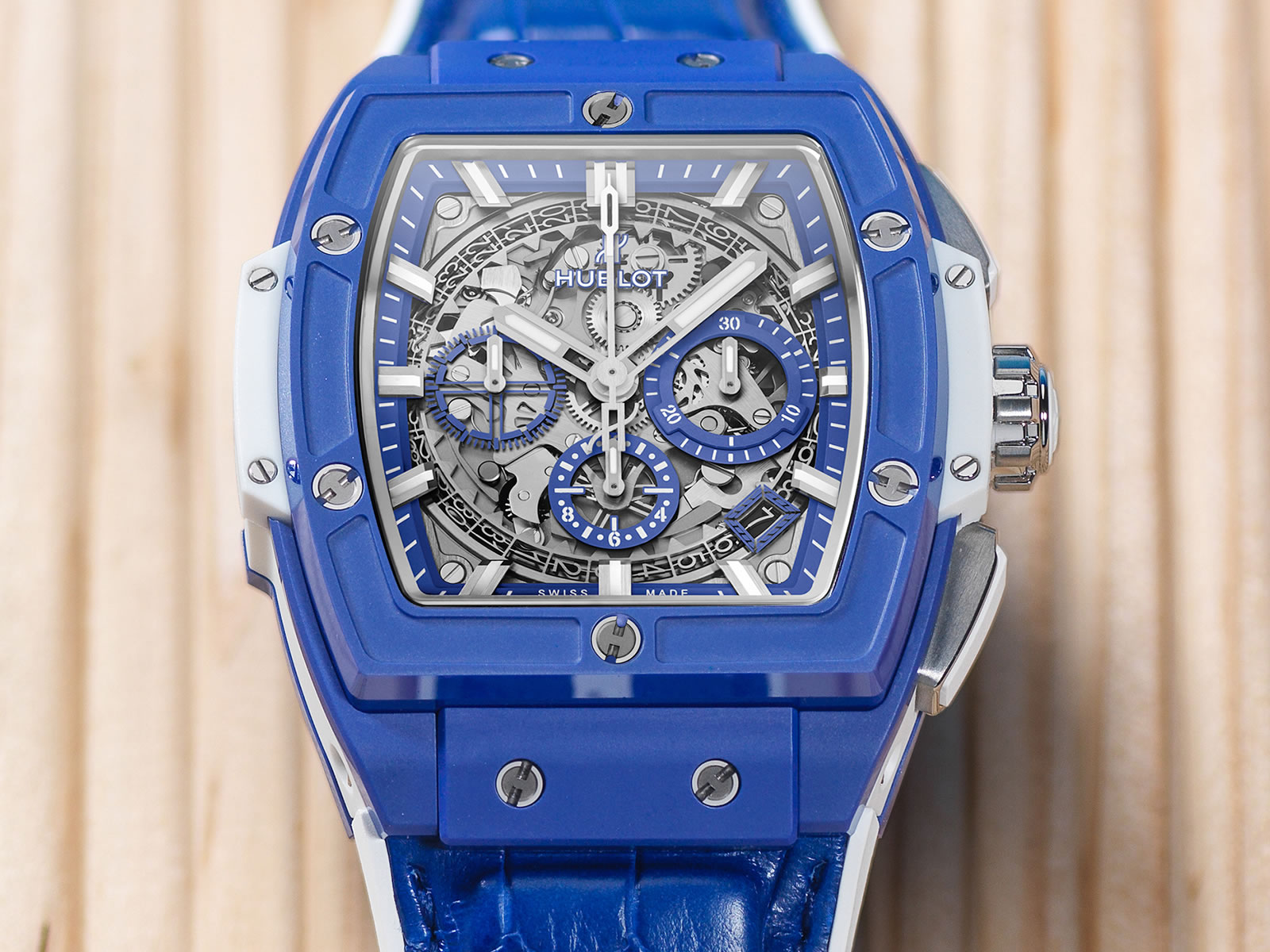 641-ex-5129-lr-hublot-spirit-of-big-bang-blue-5-.jpg