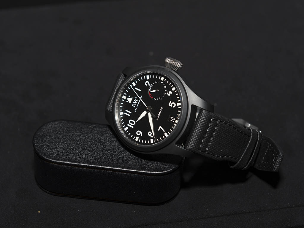 -WC-Big-Pilot-Watch-Top-Gun-W502001-2.jpg