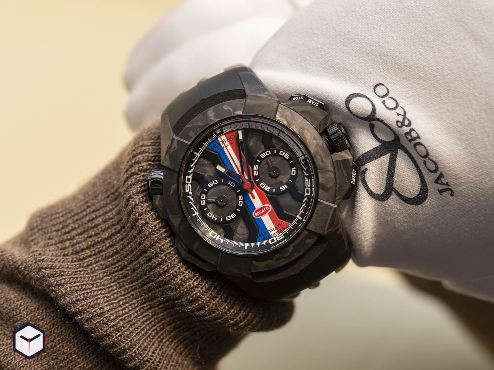 ec333-29-aa-aa-a-jacob-co-epic-x-chrono-bugatti-baselworld-2019-7.jpg