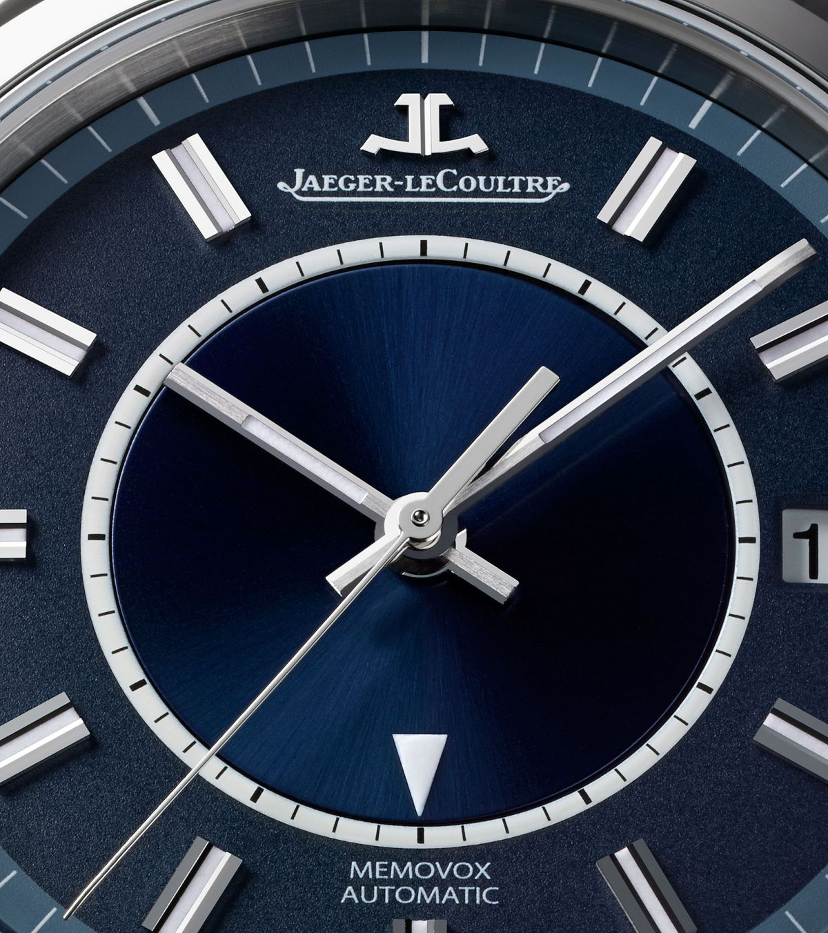 Jaeger-LeCoultre-Master-Memovox-Boutique-Edition-3.jpg