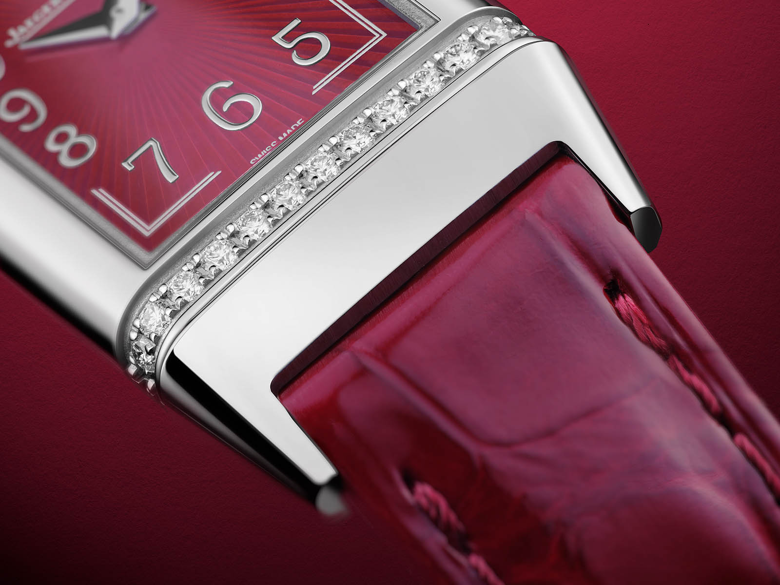 q3288560-jaeger-lecoultre-reverso-one-red-wine-4.jpg