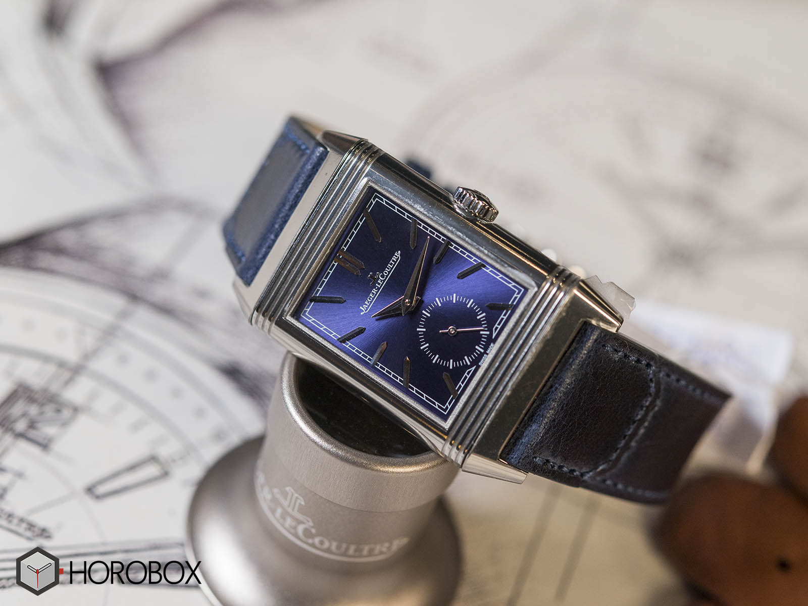 Jaeger-LeCoultre-Reverso-Tribute-Small-Seconds-2.jpg