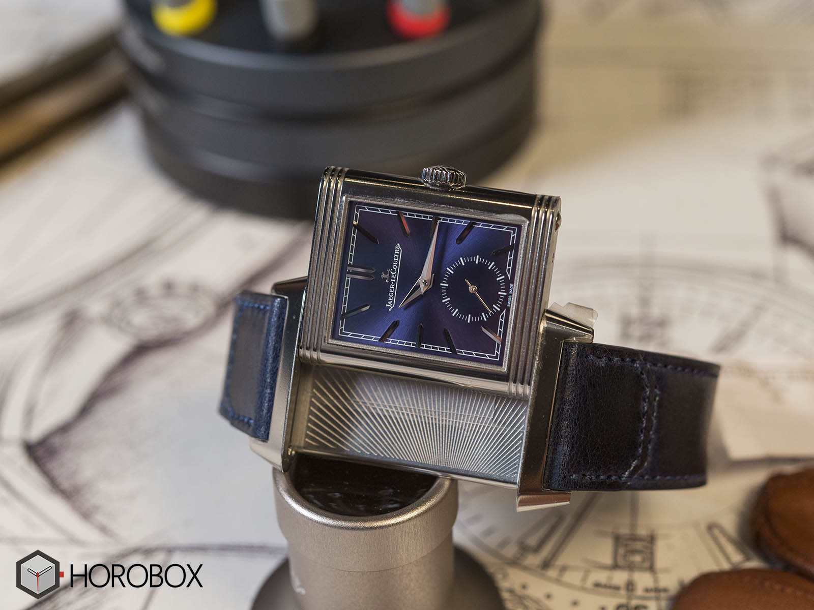 Jaeger-LeCoultre-Reverso-Tribute-Small-Seconds-3.jpg