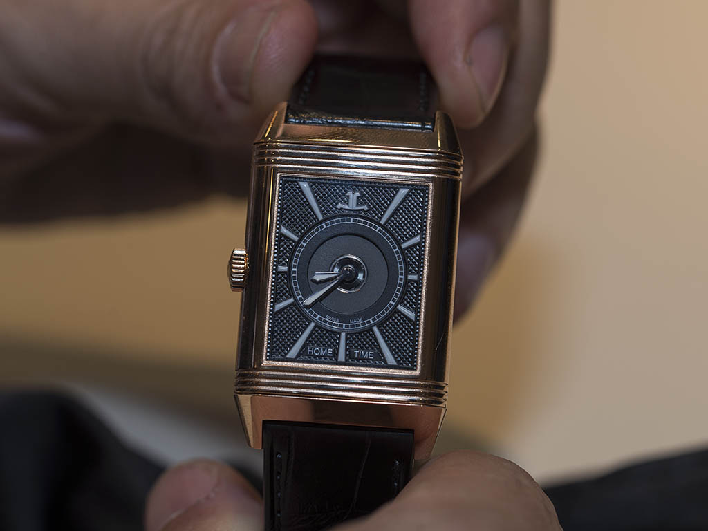 Jaeger-LeCoultre-Reverso-Classic-Large-Duoface-3832420-3.jpg