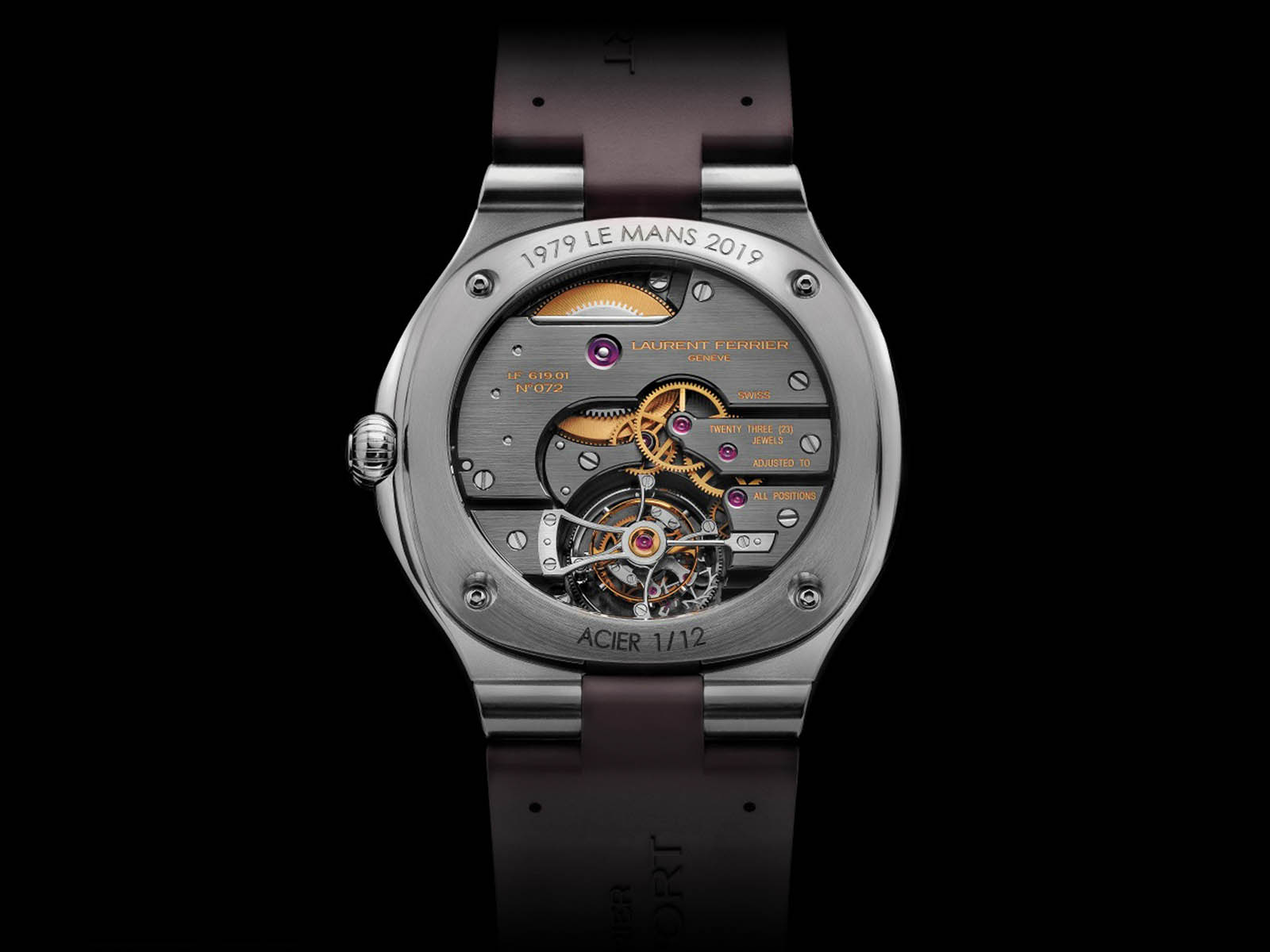 lcf041-laurent-ferrier-tourbillon-grand-sport-5.jpg