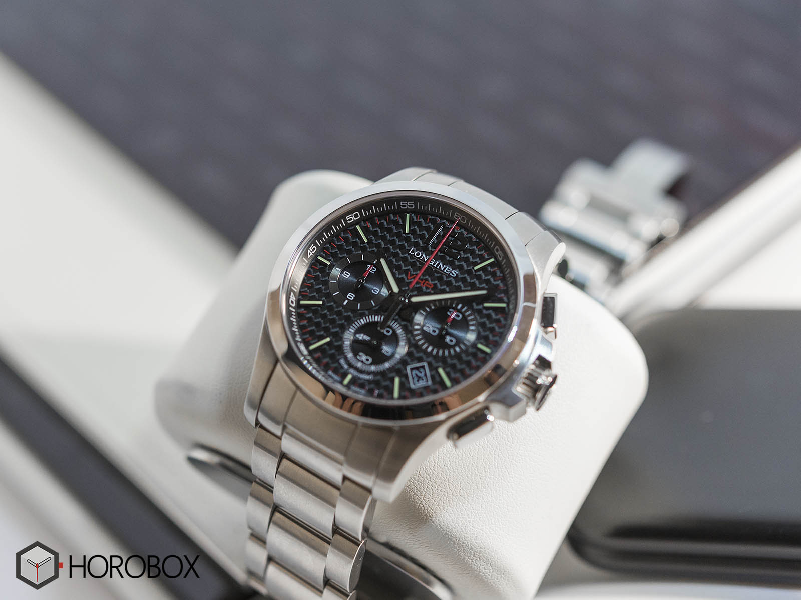 l3-727-4-66-6-longines-conquest-vhp-chronograph-1.jpg