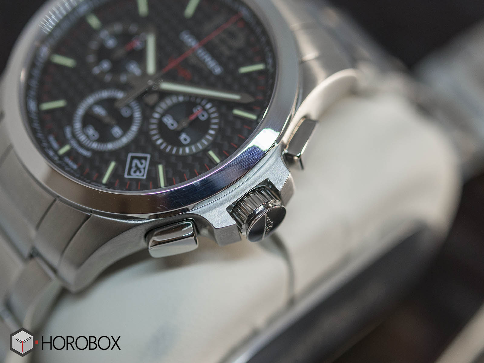 l3-727-4-66-6-longines-conquest-vhp-chronograph-4.jpg
