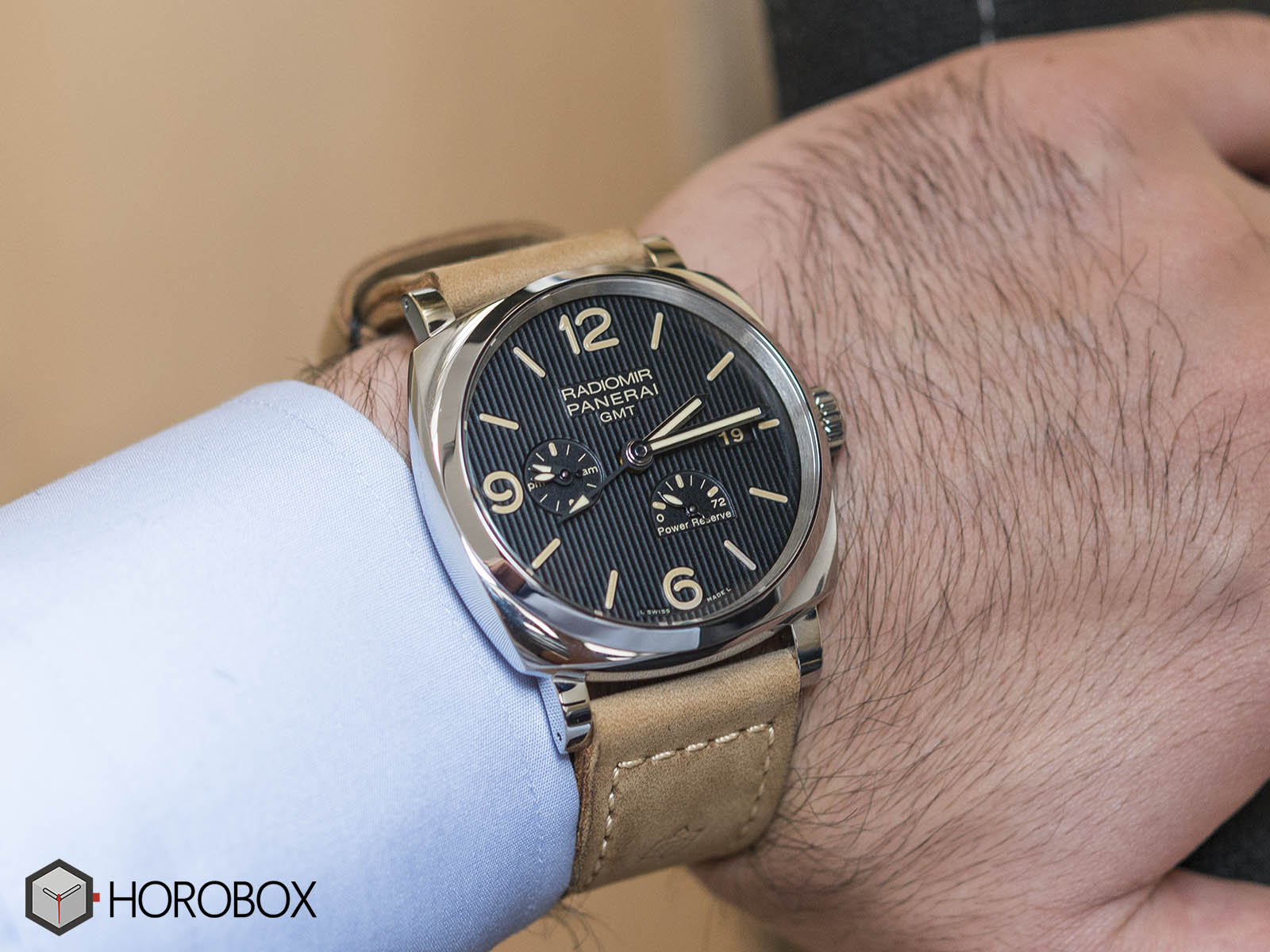 Officine-panerai-power-reserve-10.jpg
