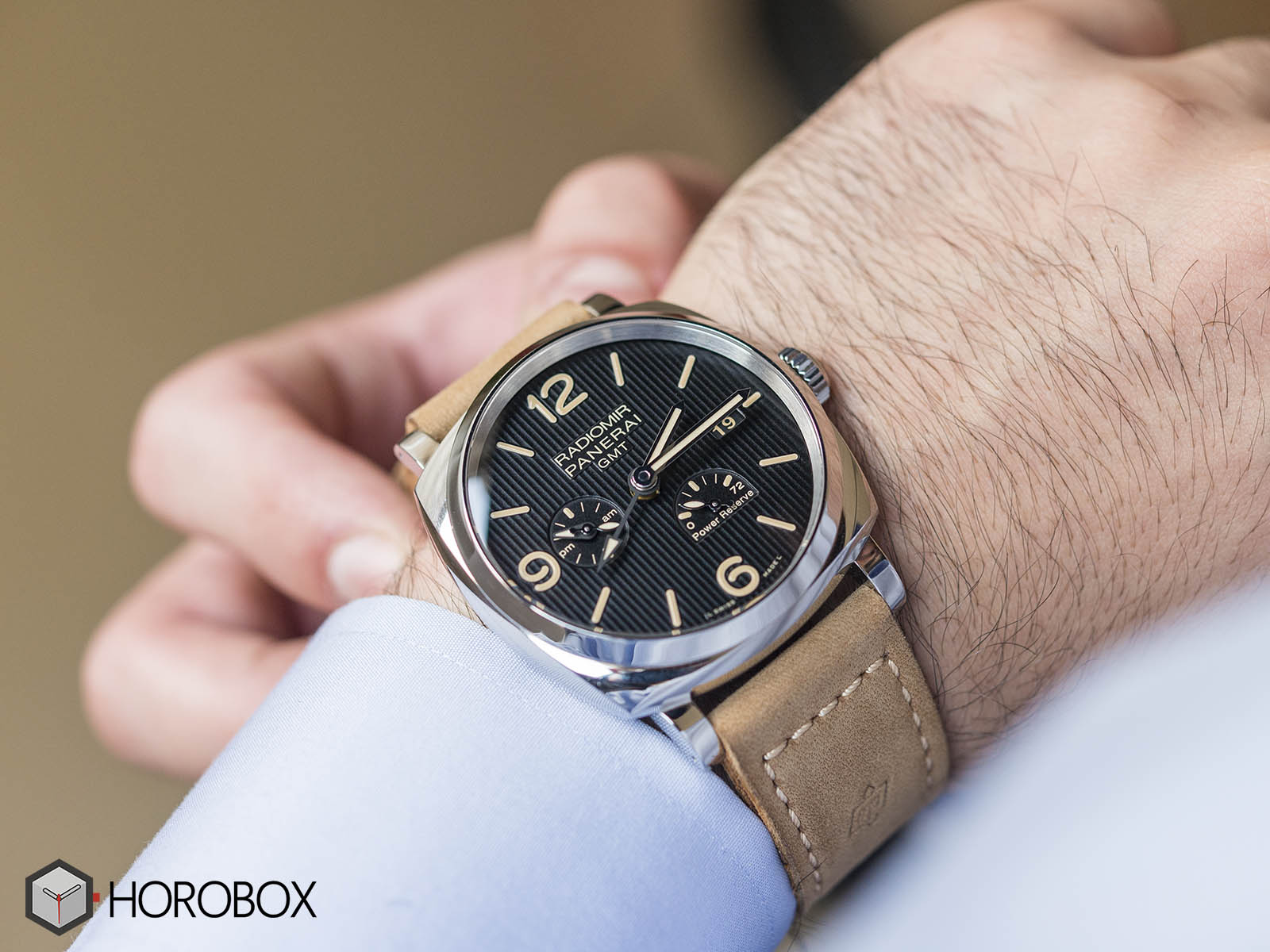 Officine-panerai-power-reserve-11.jpg