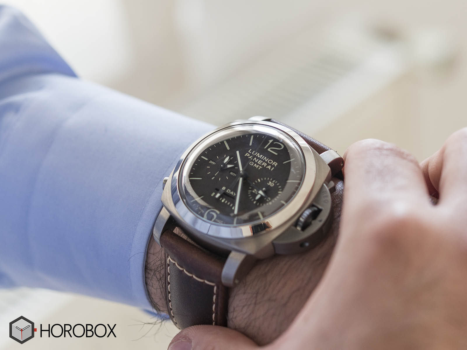 Officine-panerai-power-reserve-13.jpg