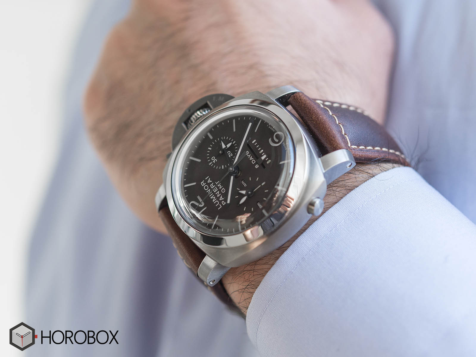 Officine-panerai-power-reserve-14.jpg