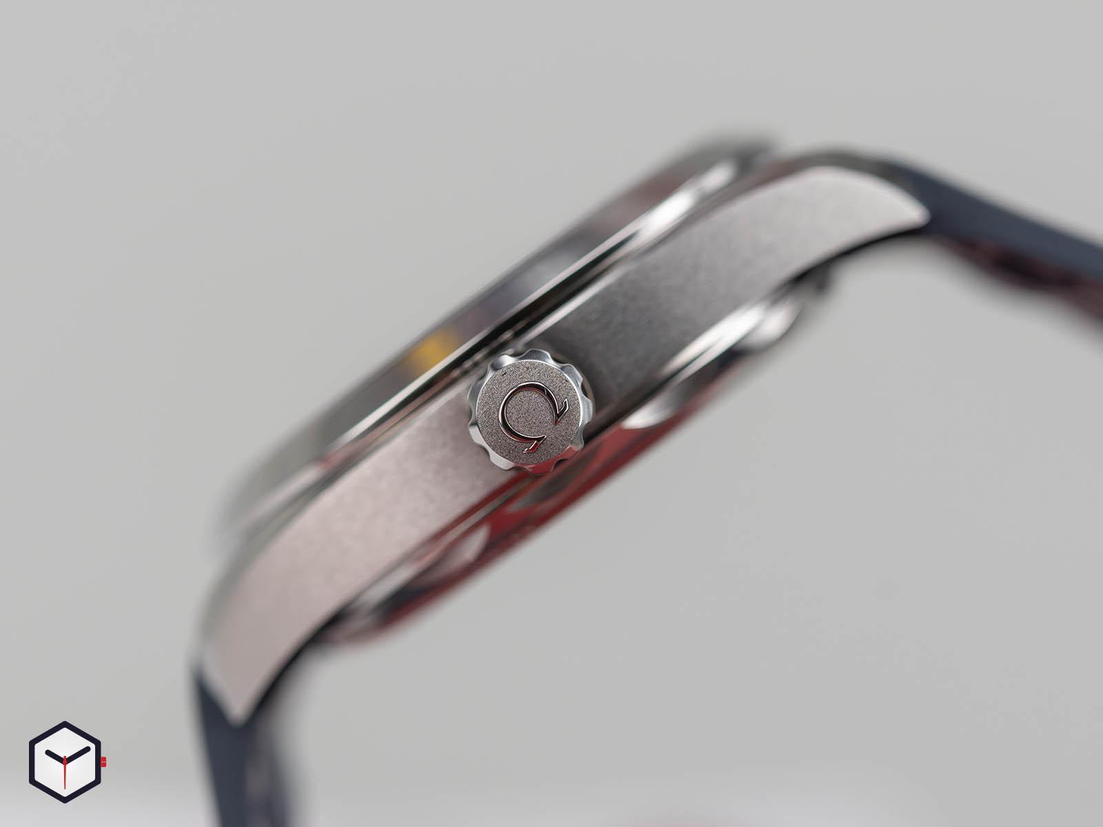 omega-aqua-terra-150m-co-axial-master-chronometer-small-seconds-41mm-5.jpg