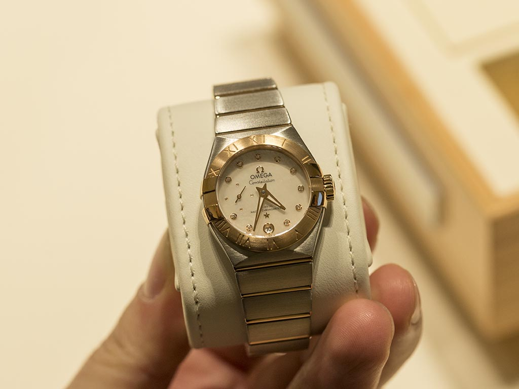 Omega-Constellation-Small-Second-Co-Axial-Master-Chronometer-9.jpg